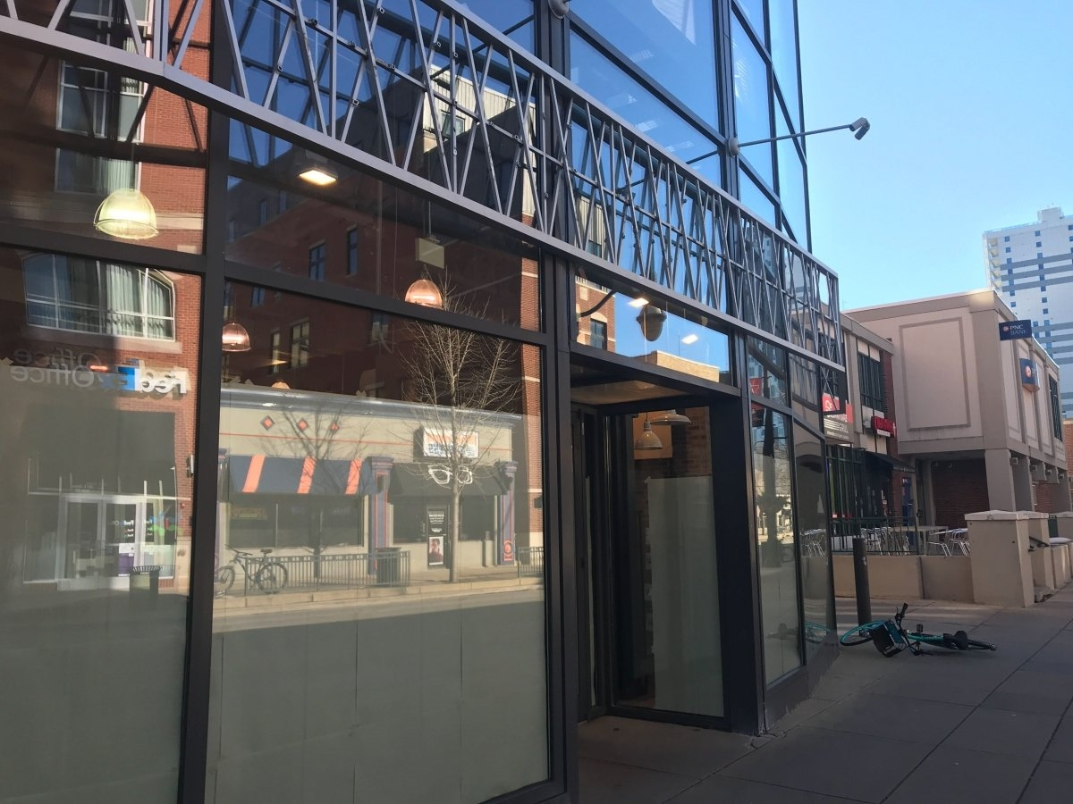 Champaign's Urban Outfitters Closes | Chambanamoms Calendar 2019 Urban Outfitters
