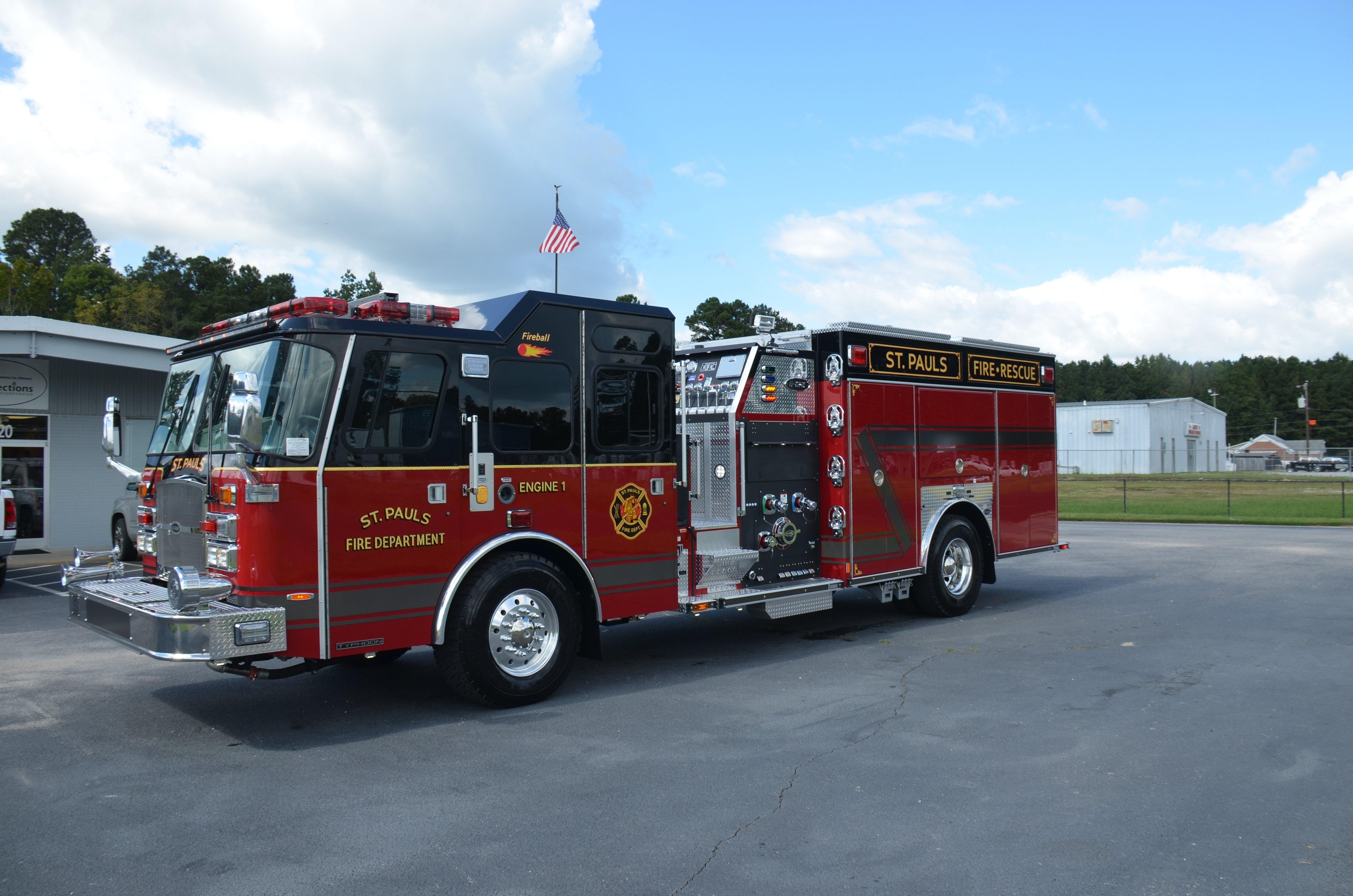 Fire Truck Gallery – E One E One 2019 Calendar