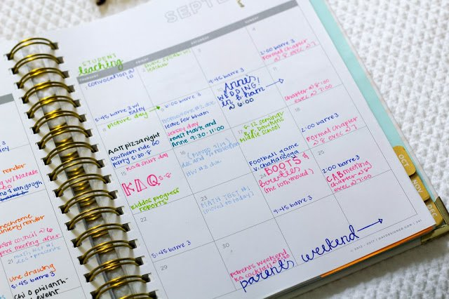 9 Planner Tricks To Make This Your Most Organized Year Yet Color Coded Weekly Schedule
