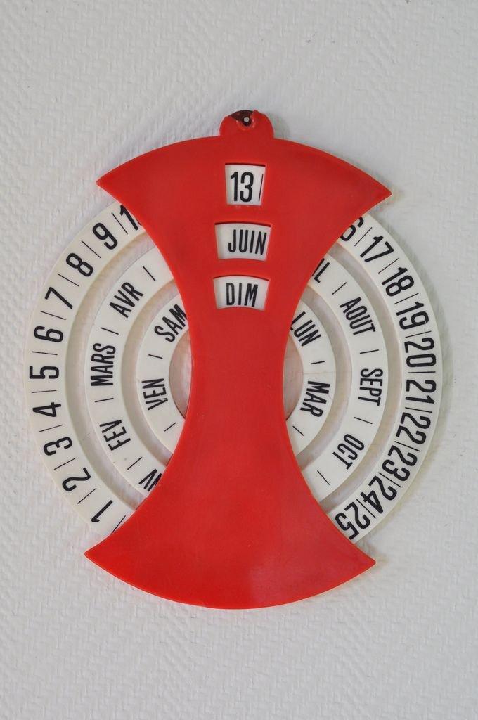 Untitled | Calender Design, Calendar Design, Perpetual 3 Month Wooden Calendar Frame